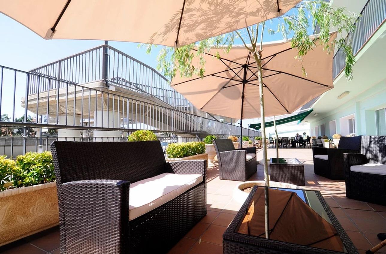 Residencia_Santa_Rita_Castelldefels_Patio_2